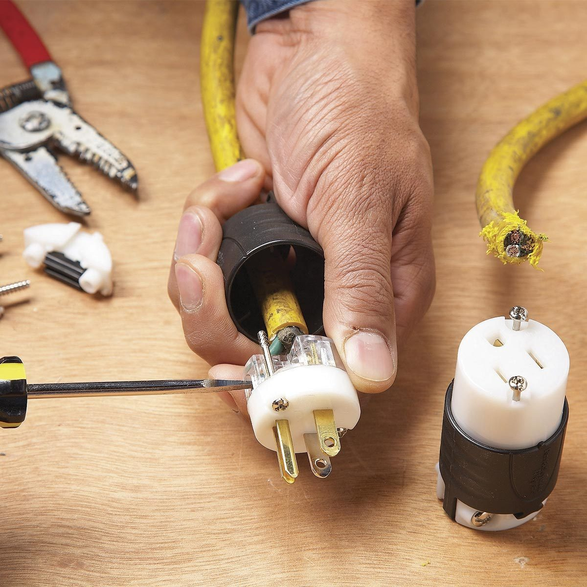 18 DIY Fixes for Broken Electrical Items at Home