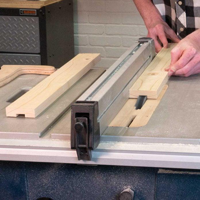 bee hive bottom board cut groove