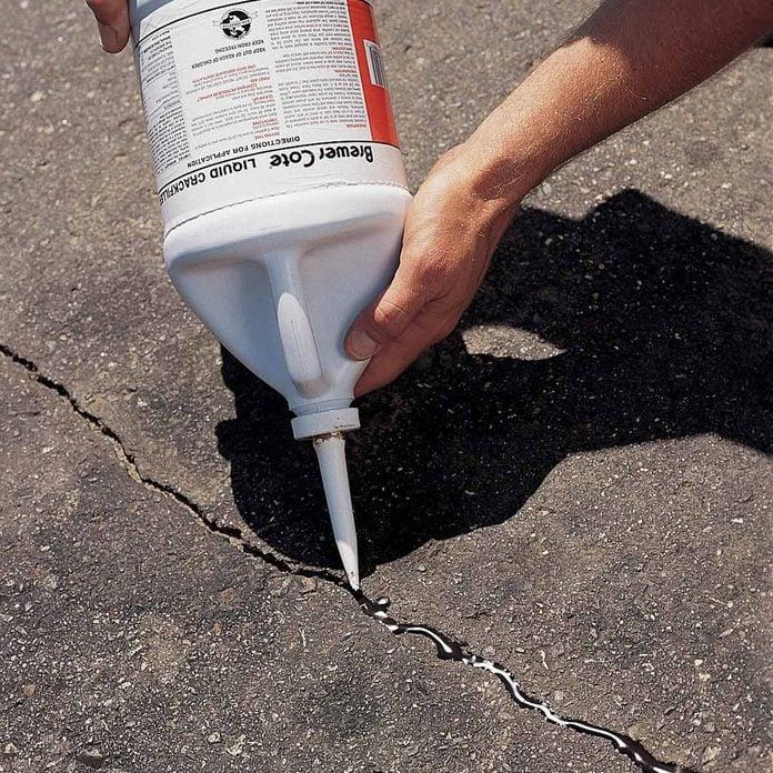 repair cracked asphalt