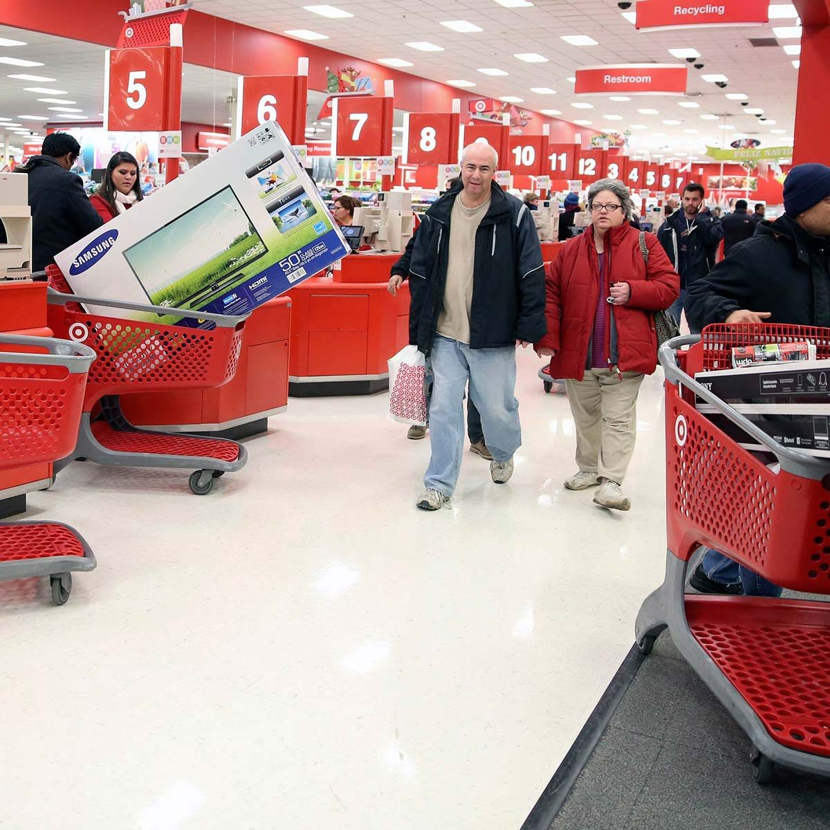 10 Tips to Help You Get the Best Black Friday Deals