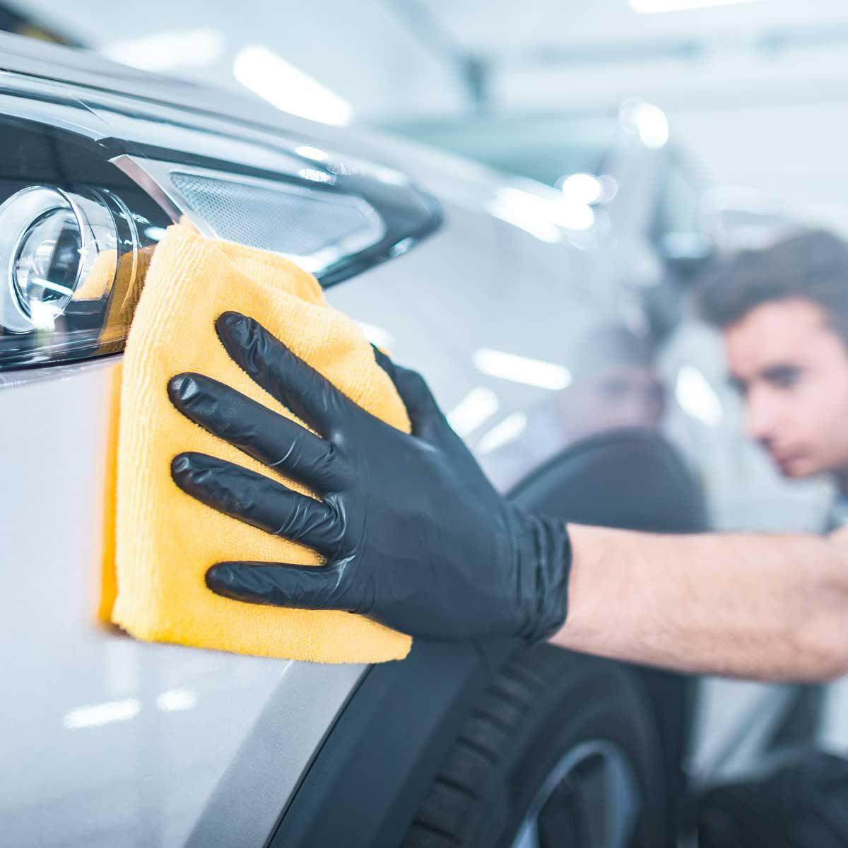 polishing car scratches