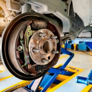 What are Drum Brakes and How Do They Work?