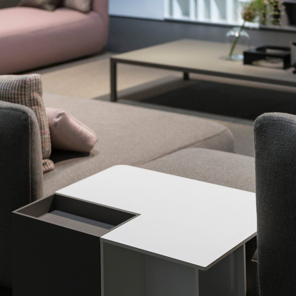 Fenix for interiors end table