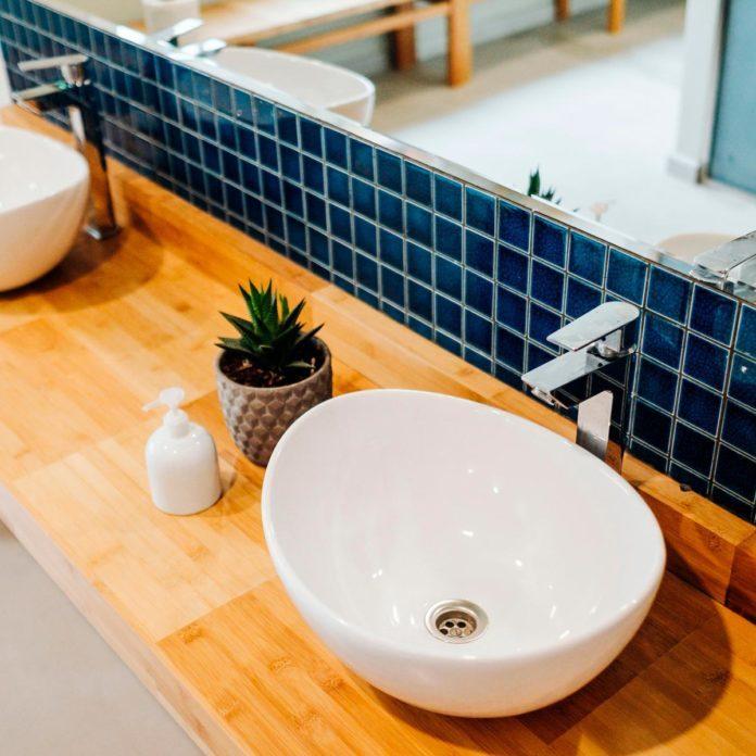 Brilliant Bathroom Backsplash Ideas
