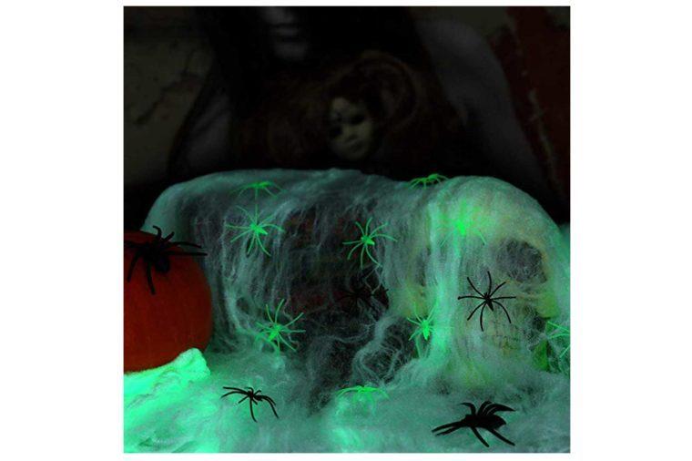 02_Spooky-spiderweb