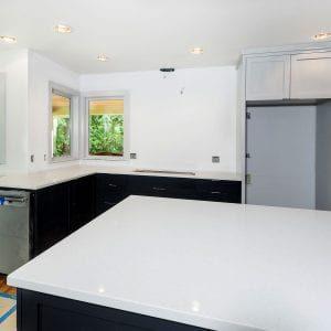 white countertops made from engineered stone