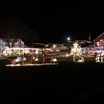 Outrageous Homes Decorated with Holiday Lights