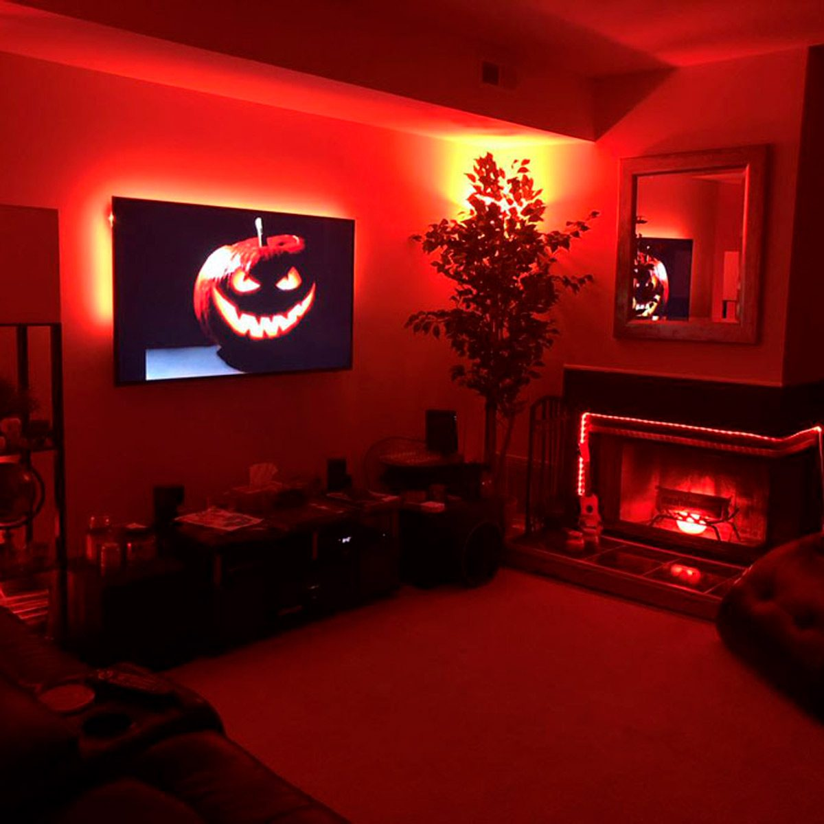 10 Ways to Make Your Smart Home Even Scarier This Halloween