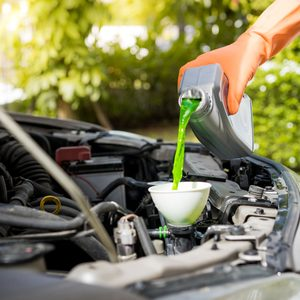 The Difference Between Green and Orange Antifreeze