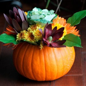 10 Stylish Thanksgiving Decorating Ideas