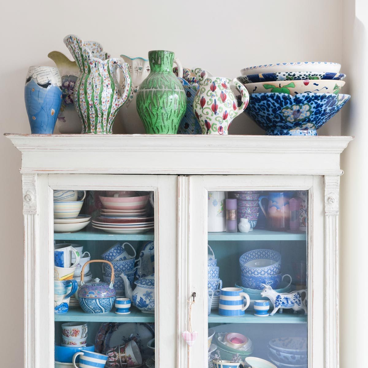 China Cabinet With Chalk Paint