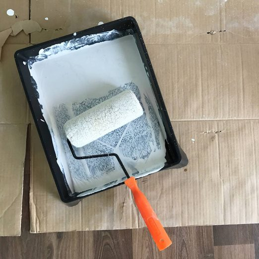 paint-tray-roller