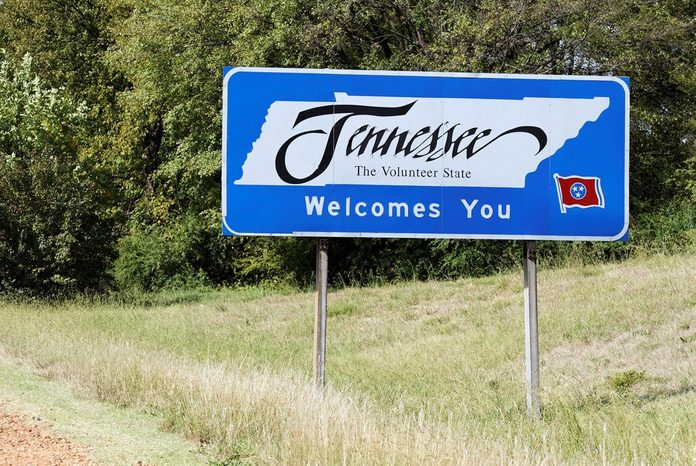 A welcome sign at the Tennessee state line.