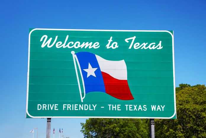 Welcome to Texas sign at the state border