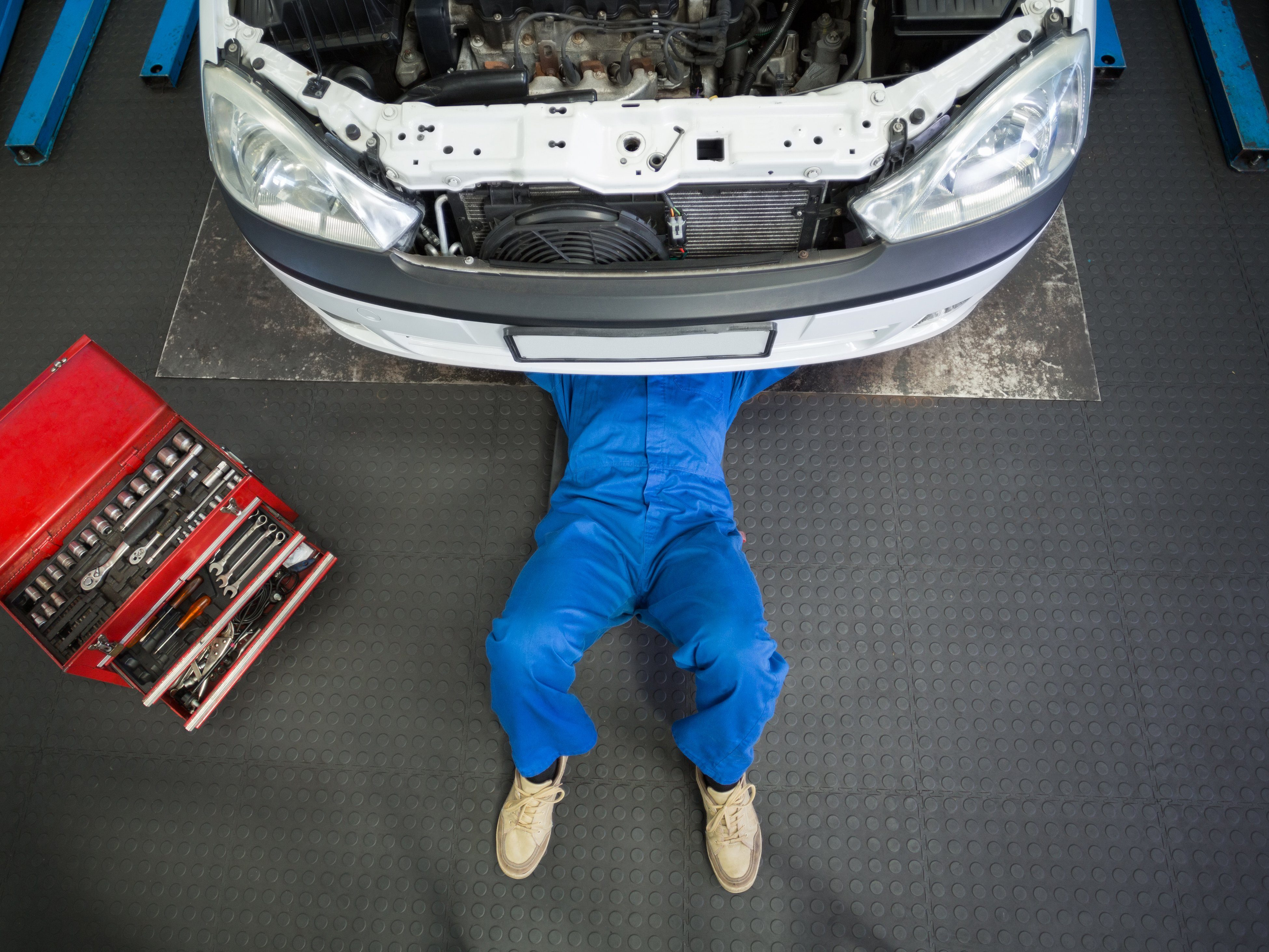 5 Ways to Avoid Getting Scammed by an Auto Mechanic