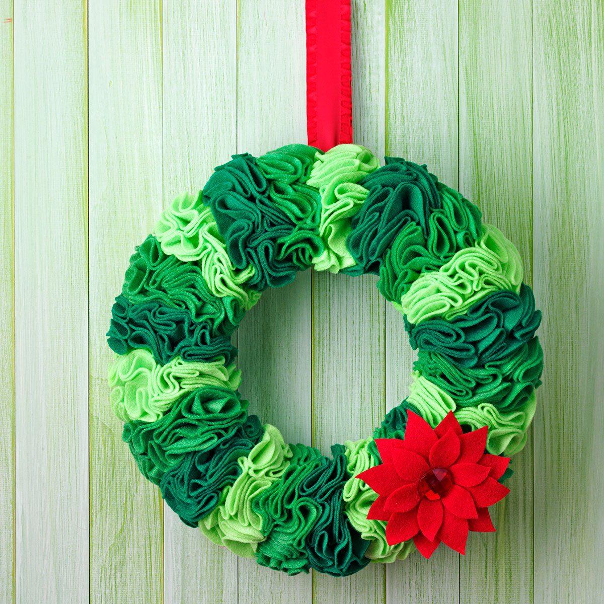 Felt circle wreath