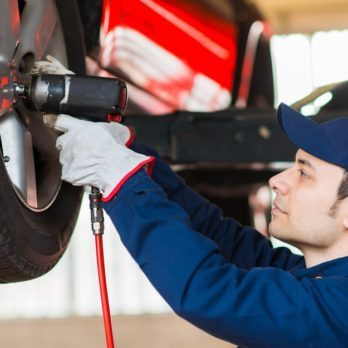 30 Things Your Car Mechanic Won't Tell You