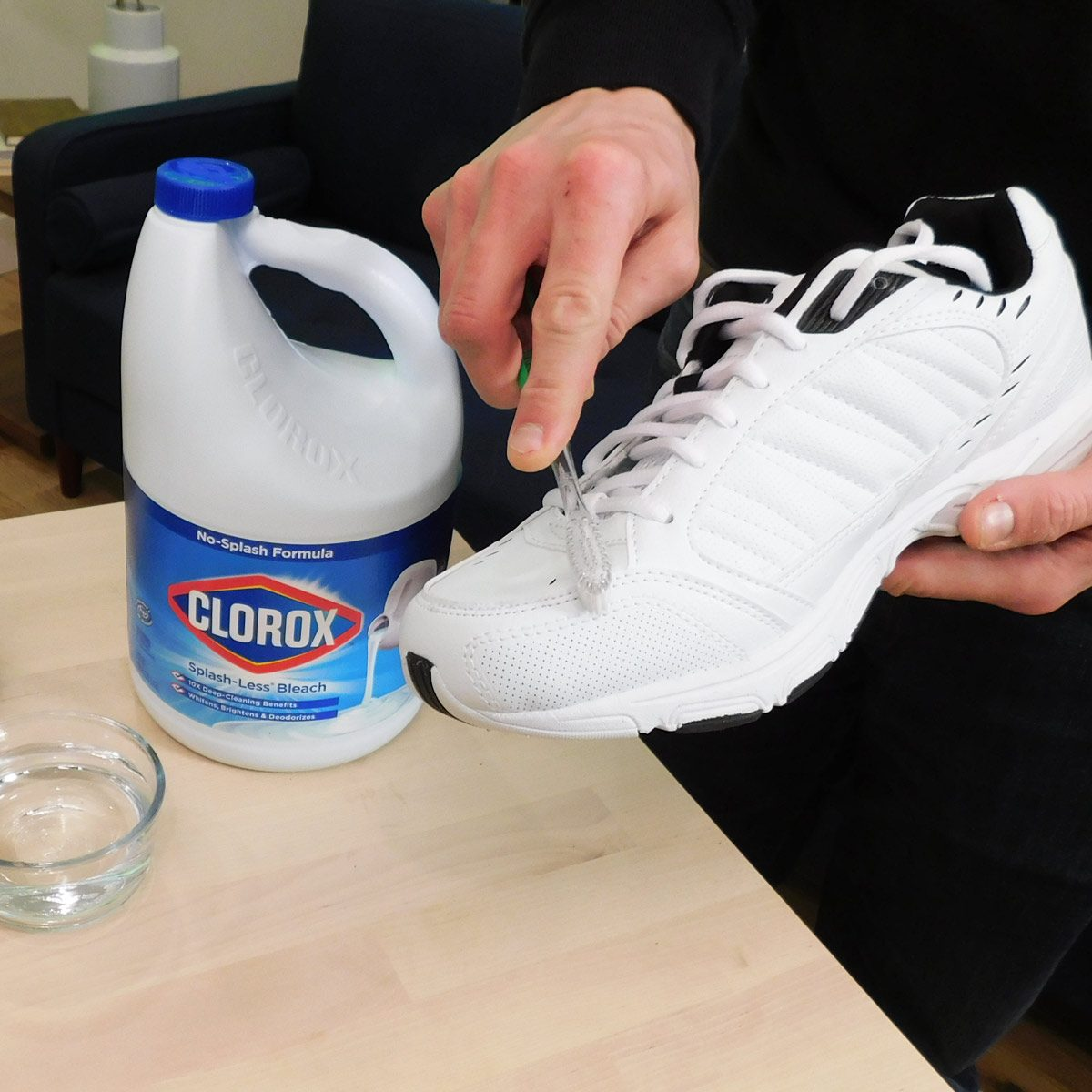 bleach clean shoes