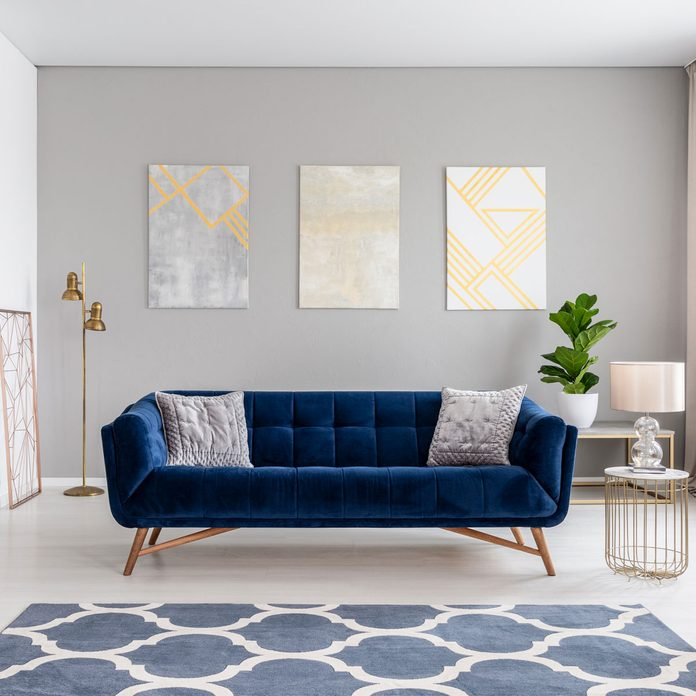 To Arrange Pillows On A Couch, Sofa With Pillows