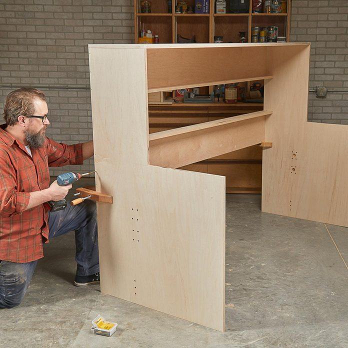 assemble murphy bed