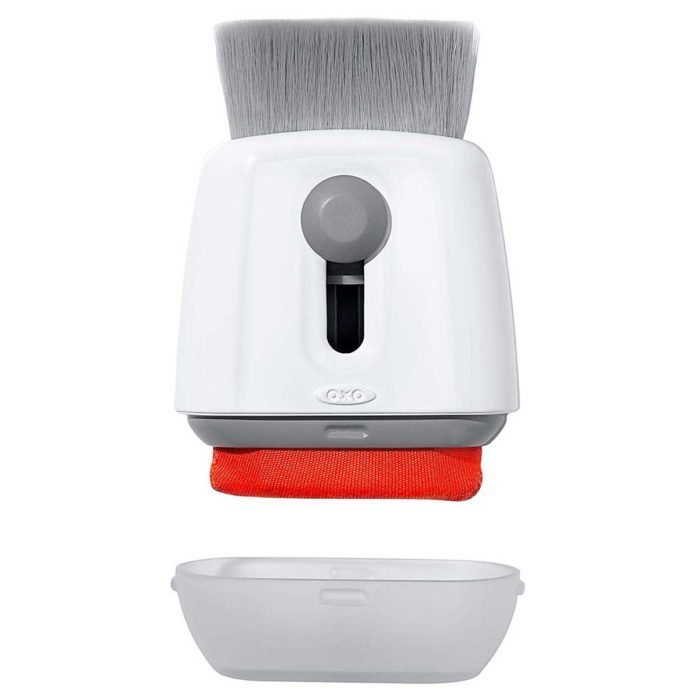 9 Products to Help You Clean Your Screens
