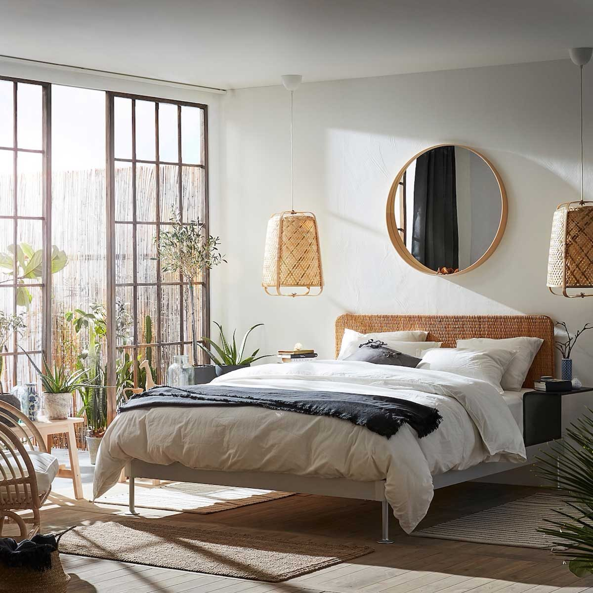 Bedroom with cool-toned gray accents