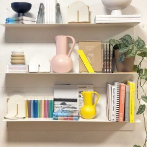 12 Trending Shelf Décor Ideas