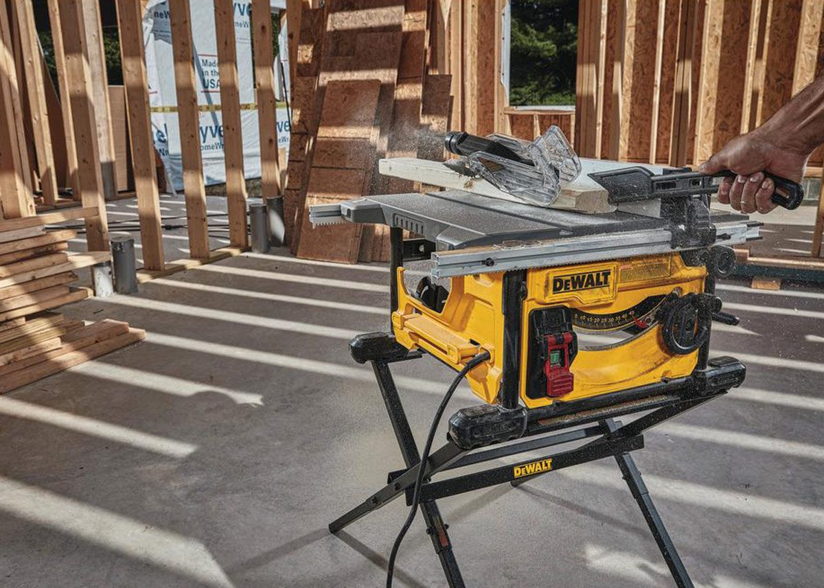 dewalt portable table saws