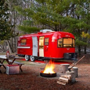Camper Revival: How a Shabby Trailer Became a Showpiece