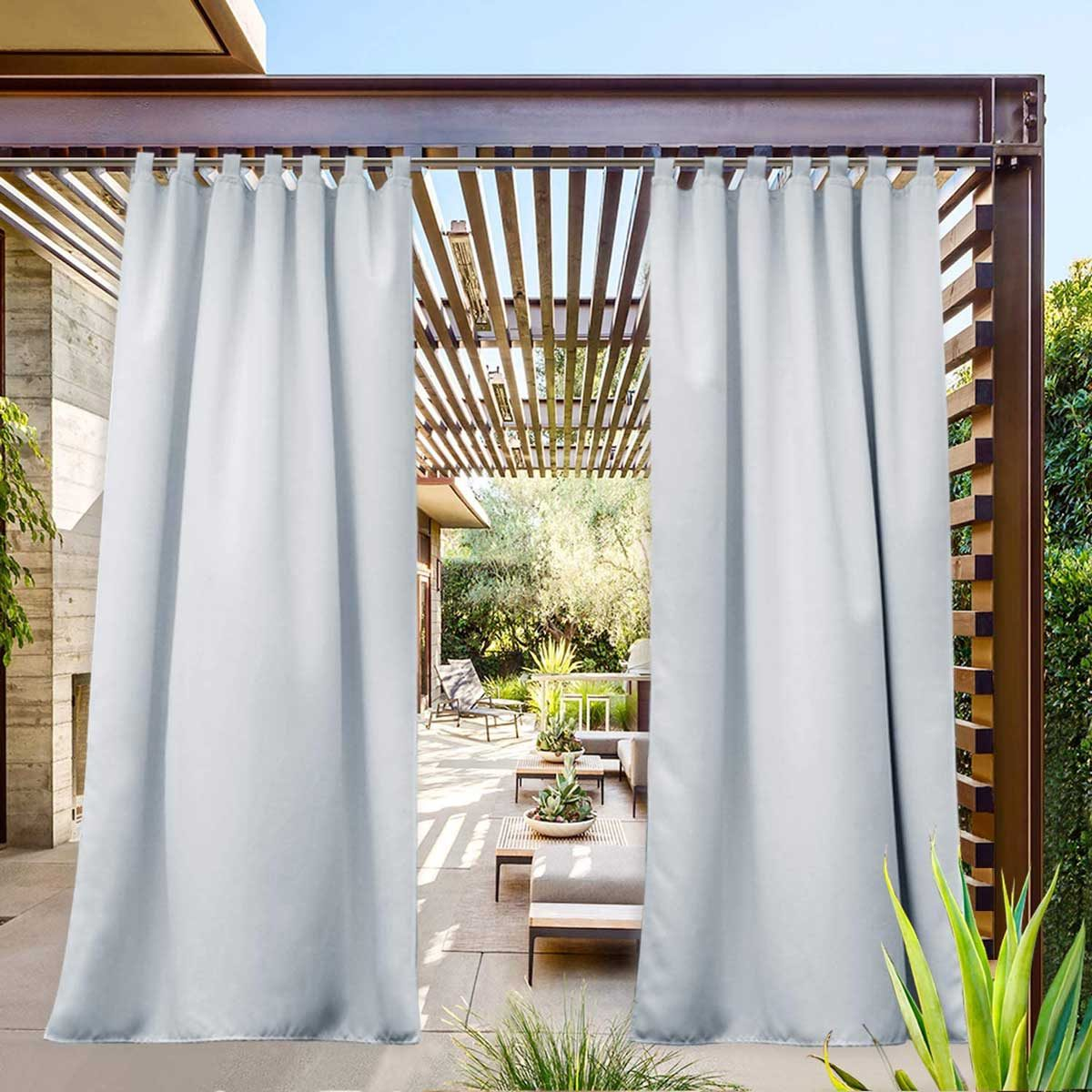 Outdoor curtains