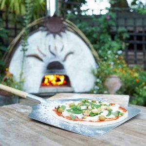 What to Know About Outdoor Pizza Ovens