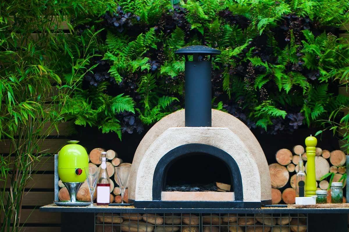 Do Pizza Ovens Need A Chimney?