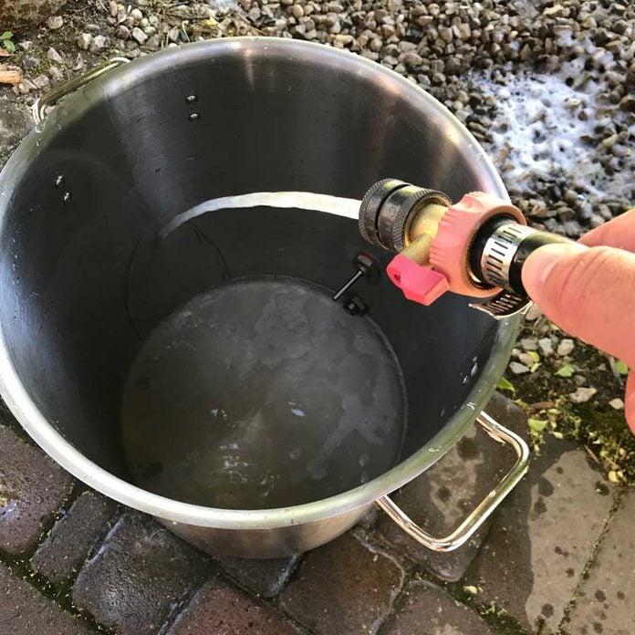 Rinse the fryer