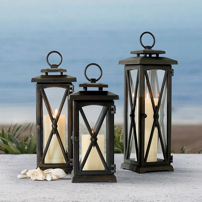 Pillar lanterns