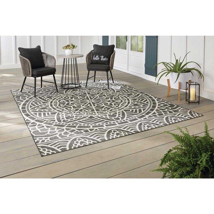 Grey patterned rug