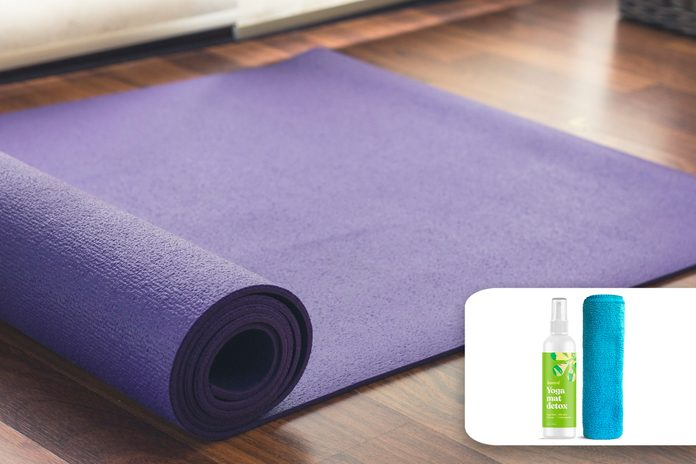 yoga mat cleaning