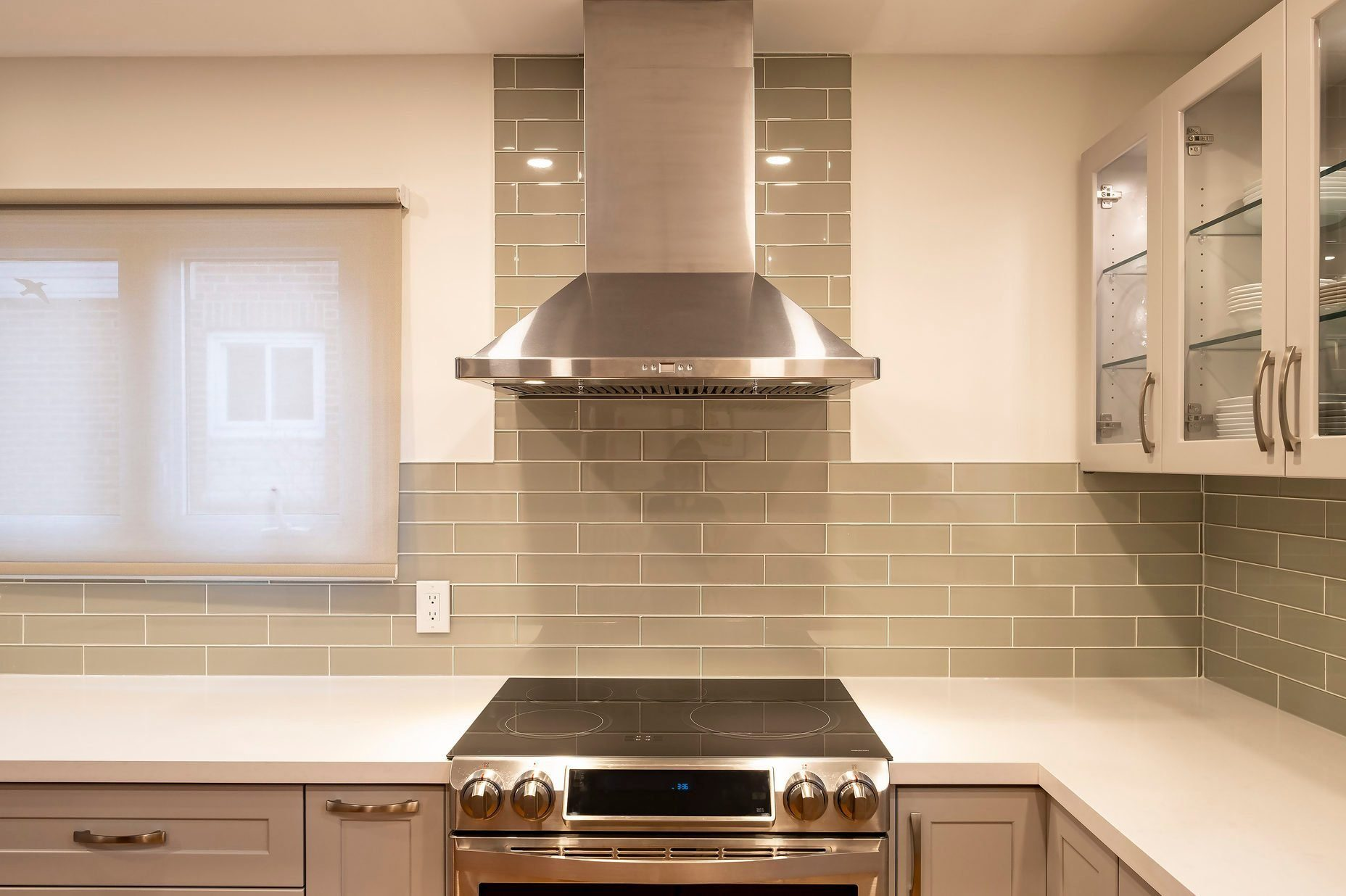 New and Modern Open Concept Kitchen