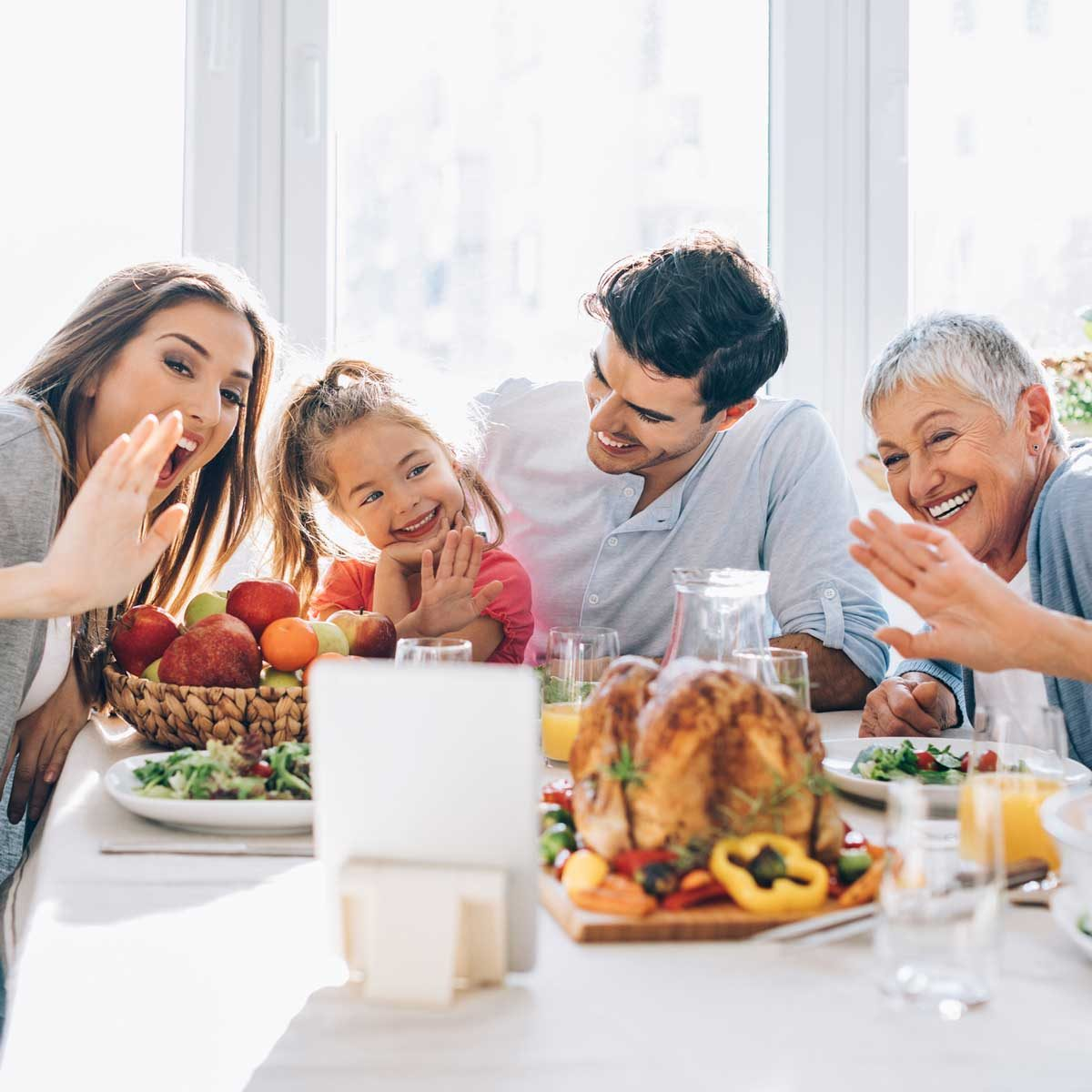 How to Celebrate Thanksgiving Virtually