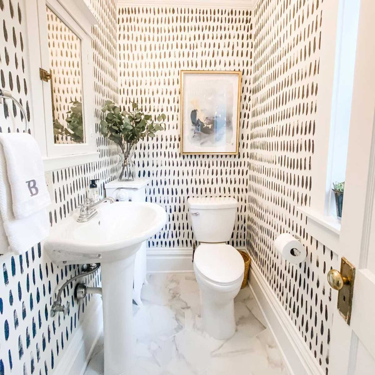 10 Small Bathroom Decor Ideas The Family Handyman