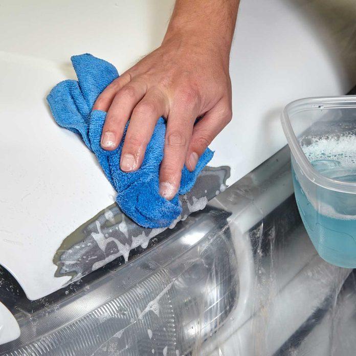 Clean with Detergent Car Repair 3