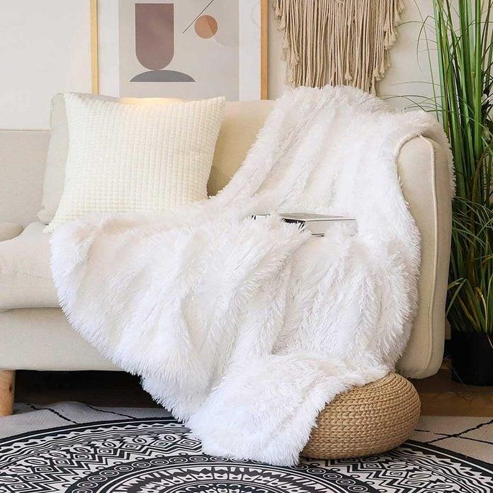 white plush blanket soft