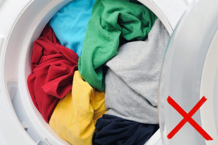 Bulky clothes items in washing machine