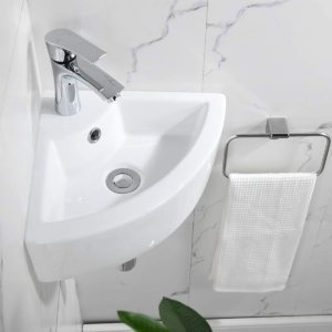 Best Fixtures for Tiny Bathrooms