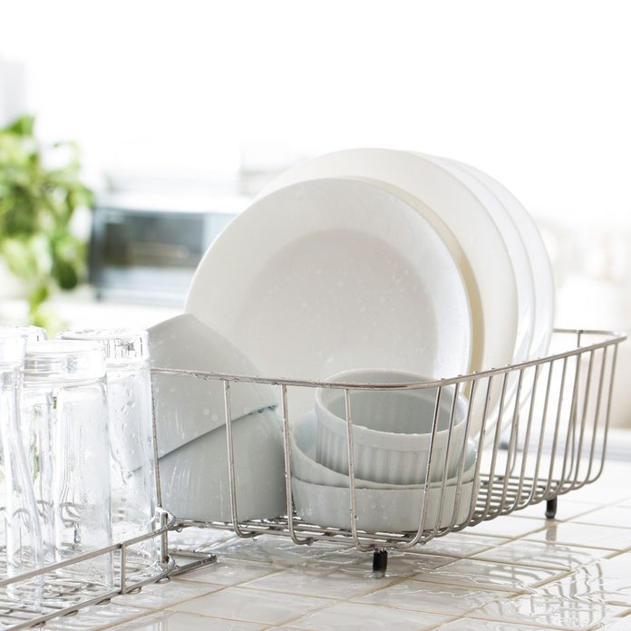 Dish Rack Gettyimages 1218125828