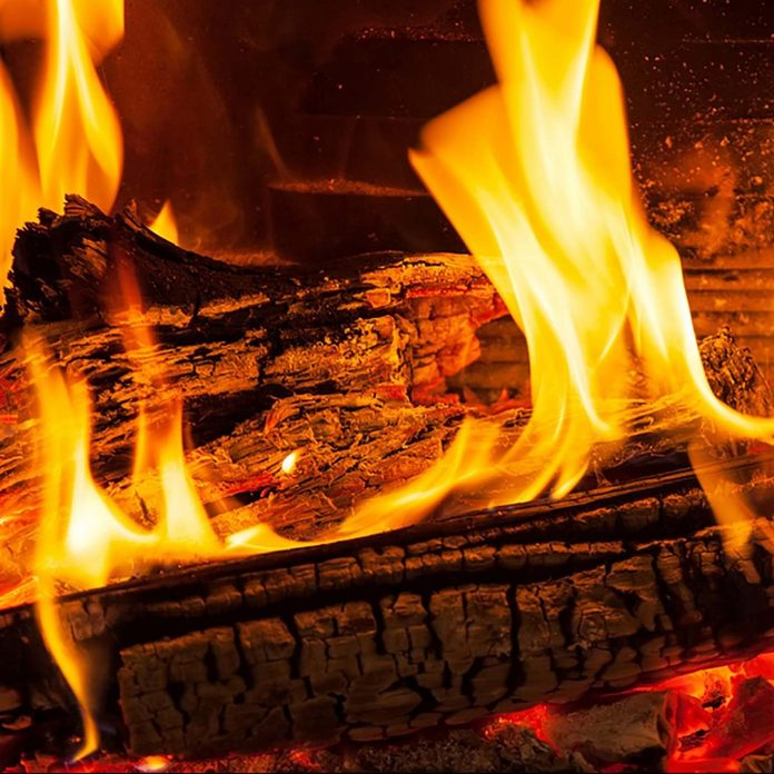 01 Fire Scary Ways Your Fireplace Could Be Toxic 521242939 Vadym Zaitsev