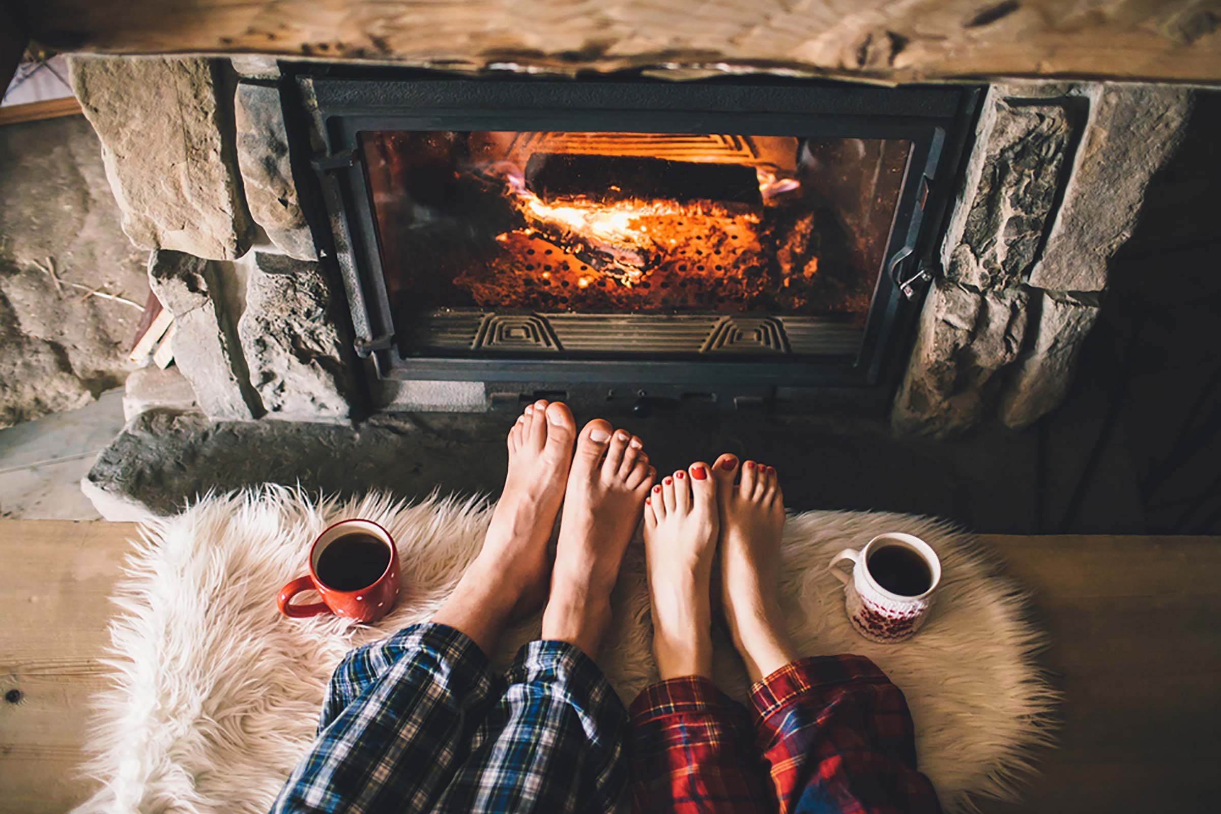 08 Fire Scary Ways Your Fireplace Could Be Toxic 442475791 Alexmaster