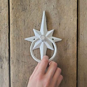 12 Charming Door Knockers That Add Curb Appeal