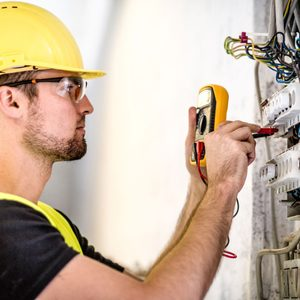 9 Things Electricians ALWAYS Do In Their Own Homes