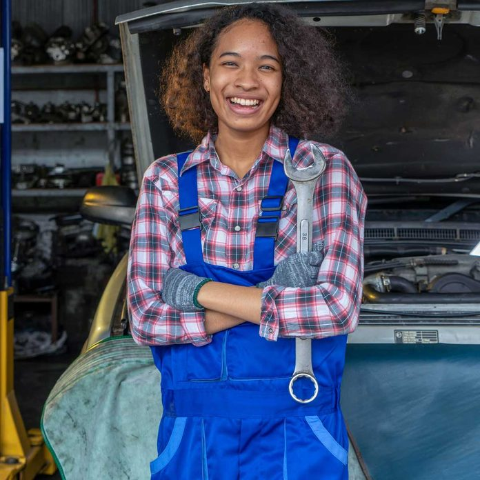 Smiling Mechanic Gettyimages 1264671584