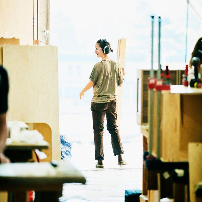 Woman wearing Carpenter Pants